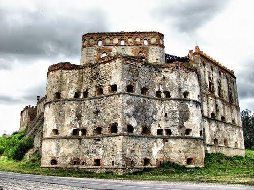 Картинки по запросу меджибожский замок