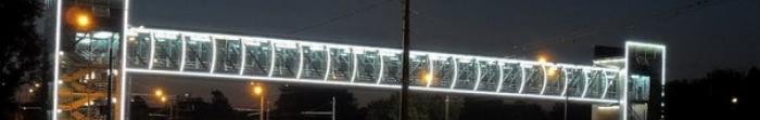 Kupiańsk - regionalne centrum regionie Charkowa.Miasto zostało założone w 1655 roku.Pierwsza osada na terenie współczesnego miasta przybyli tu V-IV tysiąclecia pne. BC.  Populacja wynosi około 30000.Miasto rzeki Kup'yanka i Oskol. W Kupiańsk jest stacja kolejowa.  W mieście jest muzeum.  Ciekawym miejscem jest Kropivnitskogo nieruchomości. Nieruchomość znajduje się na memorial muzeum Kropivnitskogo, domkó. Photo  2