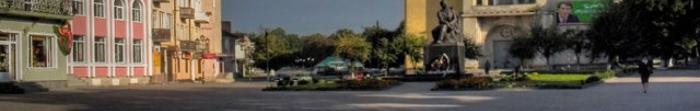 Sokal - dzielnica Centrum Sokal powiat, województwo Lwów. Położony na prawym brzegu rzeki Bug Zachodniej na 78 km. od miasta. Jest domem dla 25.145 osób. Powierzchnia 8.47 km. kwadrat. Miasto posiada własną stację kolejową, syudoyu jako podmiejskich pociągach i podmiejskim.  Pierwsza pisemna wzmianka o mieście pochodzi z 1377 rok Sokala. Dokumenty, o których mowa w Sokala Belz księstwa miasta. W 1424 ro. Photo  2
