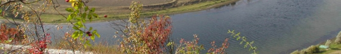 Могилів-Подільський - місто, районний центр Могилів-Подільського району Вінницької області, знаходиться на березі ріки Дністер,на кордоні з Республікою Молдовою. Площа міста налічує 21,63 кв. км, населенняпонад 32 тис. чоловік, станом на серпен�. Фото  1