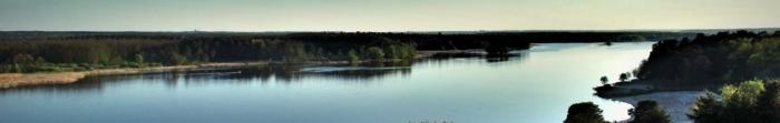 Роком заснування Житомира заведено вважати 884-ий. Згідно легенді, назвою місто завдячує відданому дружинникові київських князів Аскольда та Діра – Житомирові. Сучасне місто майже зусібіч облямовують древні лісові масиви, крізь нього про. Фото  5