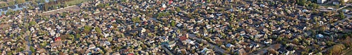 Місто Радомишль (стародавня назва – Мичеськ) – одне з найдавніших міст на території України. Землі, за археологічними дослідженнями, було заселено ще 35 – 30 тис. років тому. Місто згадується вперше в Іпатієвському літописі 1150 р. У ХІV ст. Фото  5