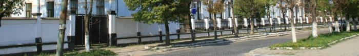 Лісна Слобідка – село в Івано-Франківській області, центр сільської Ради. Перша писемна згадка про нього датується 1784 роком. Чисельність населення перевищує 1500 жителів. До районного центру – 15 км. До найближчої залізничної станції, Коршів,. Фото  3