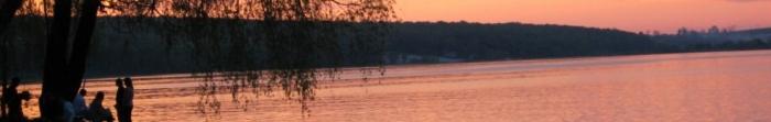 Місто Свердловськ утворене в результаті об'єднання декількох поселень (1938 р.). Назва його походить від імені російського політичного діяча Я. Свердлова. Активне заселення міста розпочалось після виявлення покладів кам'яного вугілля. Нас�. Фото  2
