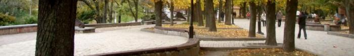 Заснування міста Луганськ пов'язано з підписанням Катериною ІІ Наказу про будівництво чавуноливарного заводу на річці Лугань, в 1795 році, в зв'язку з необхідністю укріплення Чорноморського флоту в ході російсько-турецької війни. Завод бу. Фото  2