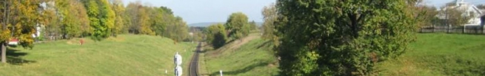 Глубокая является районным центром Глыбоцкого района Черновицкой области, находится на расстоянии 30 км от областного центра Буковины - Черновцы. Пгт. Глубокая нличуе 9376 жителей по данным за 1.01.2011, первое упоминание о населенном пункте датирует. Фото  2