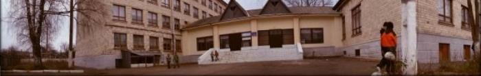 Кицмань - город, районный центр Кицманского района Черновицкой области, находится на берегу реки Совици и находится на расстоянии 22 км. от Черновцов. Древнейшая письменное упоминание о населенном пункте датируется 1413 годом, количество населен�. Фото  4