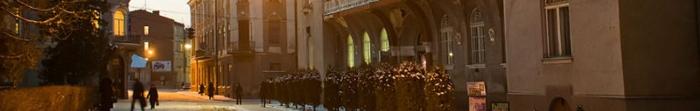 Історія Бережан починається ще з 1375 року. Від XIV ст. до сьогодні в місті відбулося безліч подій і проживало багато видатних постатей, серед них і видатний український математик Мирон Зарицький. Місто переходило у власність різних історичних. Фото  1